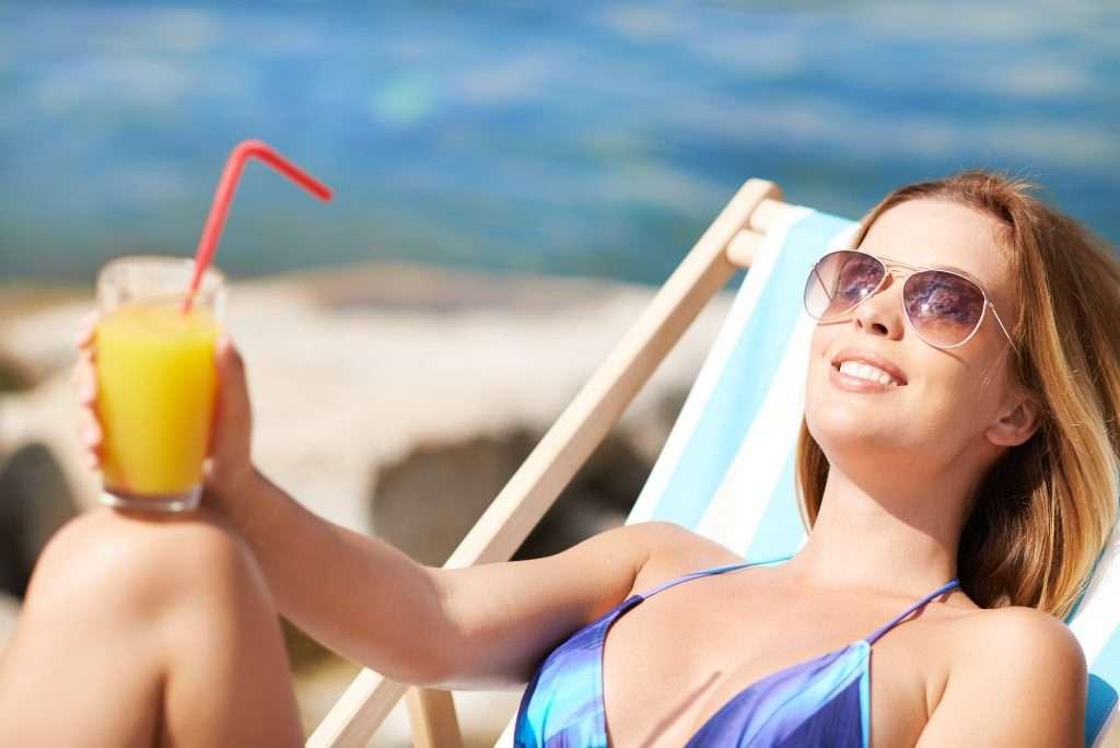 Rubrica Benessere, i benefici dell'acqua e limone al mattino