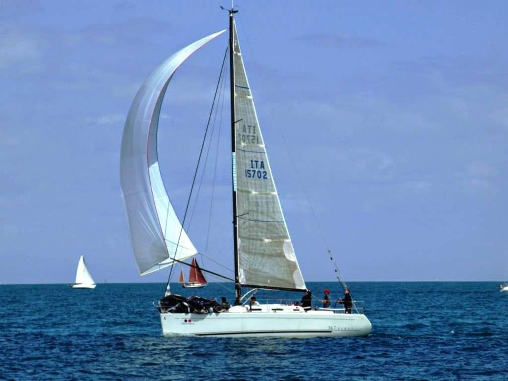 VELA ALTURA, A SCIARRINA in testa alla flotta al Campionato Invernale di Catania.