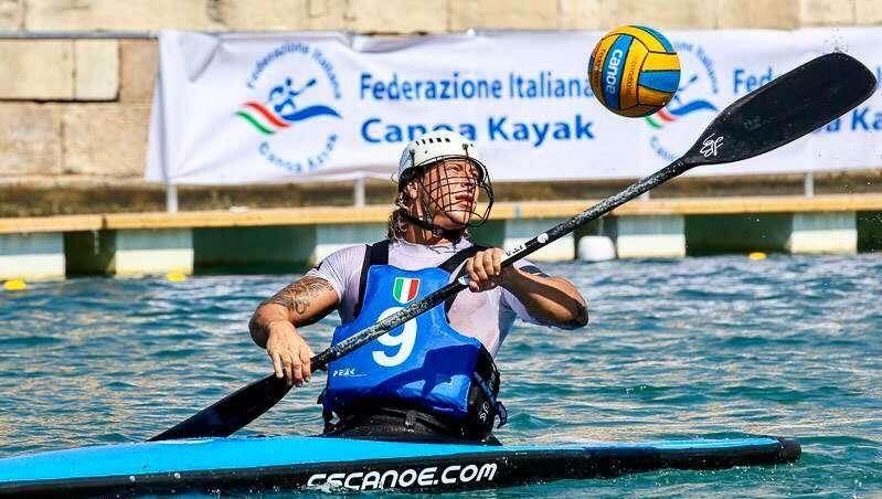 """Canoa Polo, Bellini il goleador azzurro rivive i momenti dell'oro mondiale: """"Una vittoria indimenticabile, preziosa per tutto il movimento"""""""