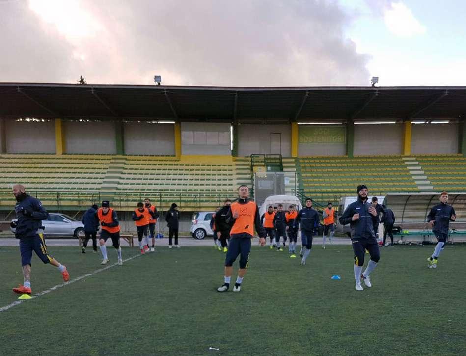 """Calcio Palazzolo, concentrati sul derby col Rosolini, arriva il terzino palazzolese """"doc"""" Di Blasi"""