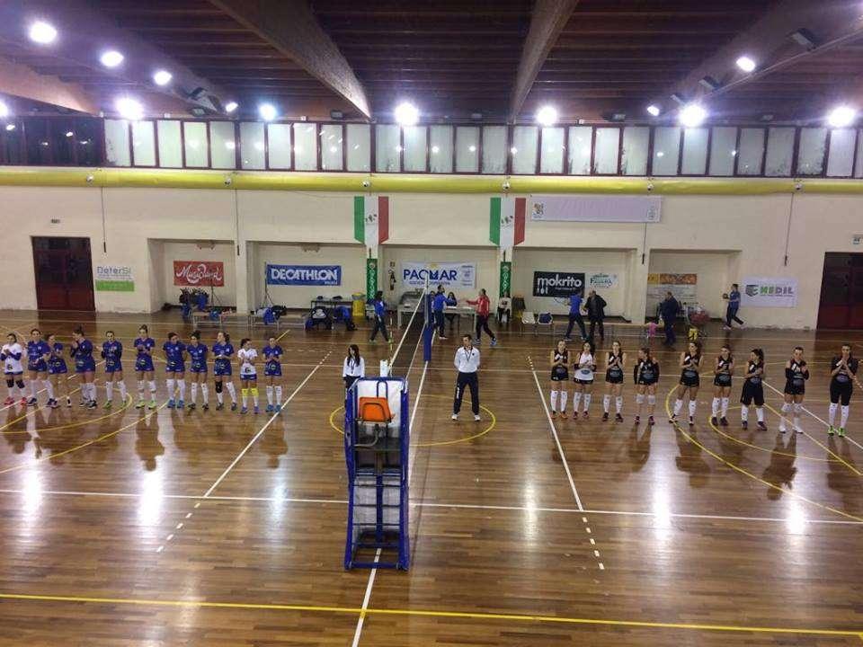 """Siracusa Pallavolo, ripresa degli allenamenti in casa Holimpia: sabato al """"Pino Corso"""" arriva il Lamezia"""